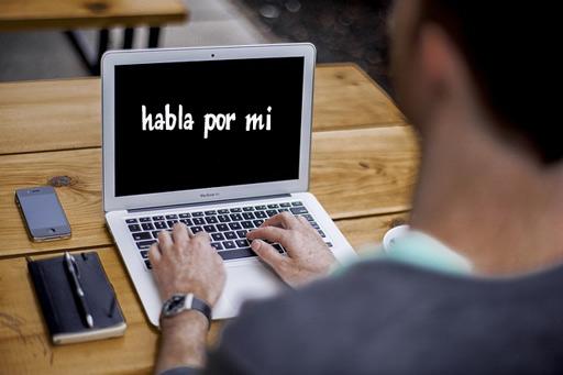 Si el teclado pudiera hablar contara tus pensamientos